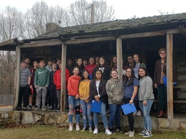8th Grade goes on Adair County Historical Tour
